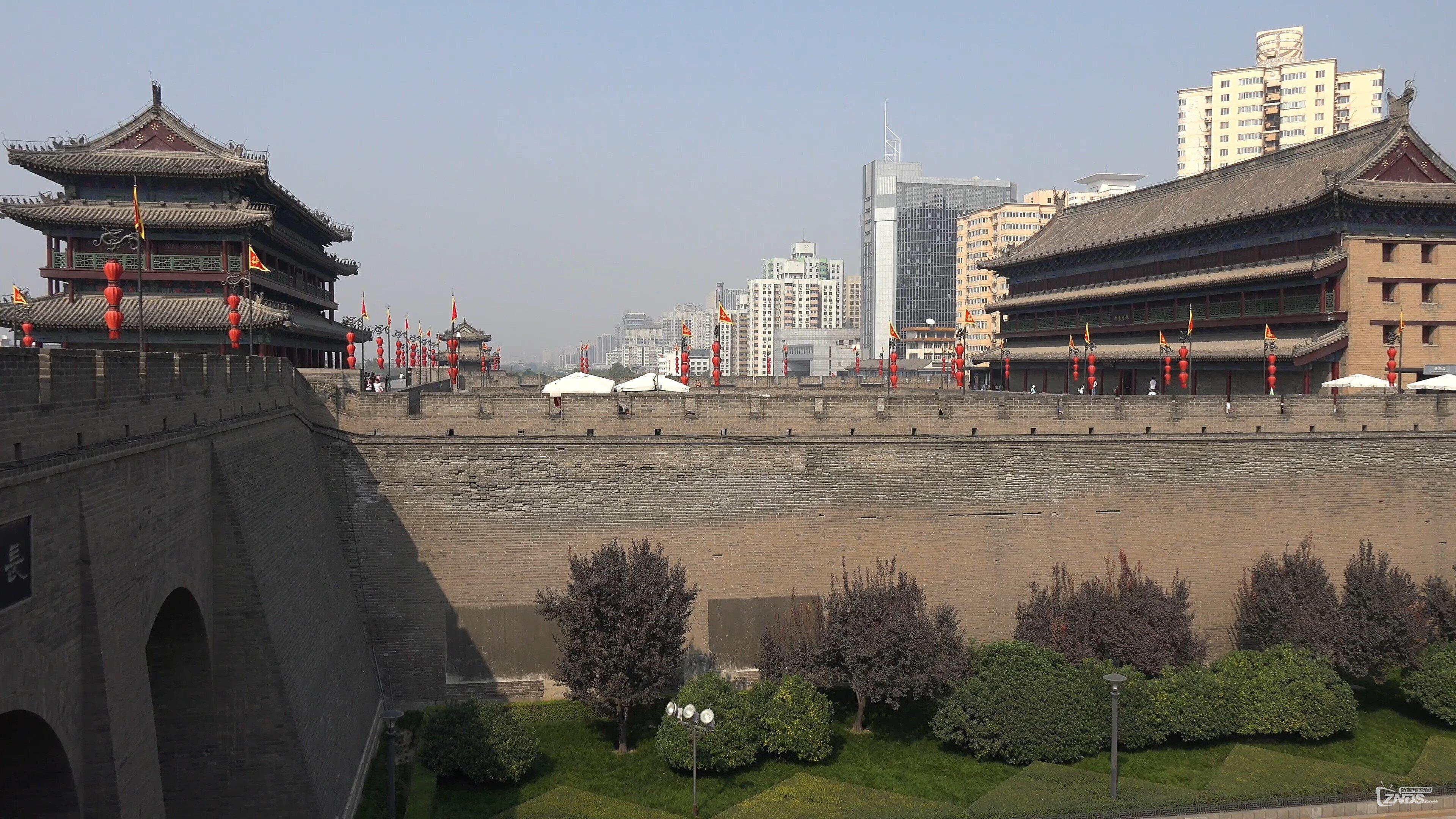 Xi'an, China- City Walls & Goose Pagodas in 4K (Ultra HD).mp4_20160811_0616.jpg