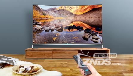 画面精致,美弧曲面  看尚X55Q电视视频评测